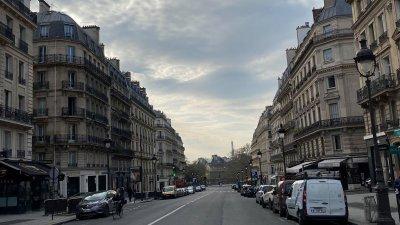 Парижани са под пълна карантина от вторник