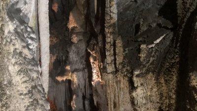 Пещерата Ухловица е на повече от 3 милиона години