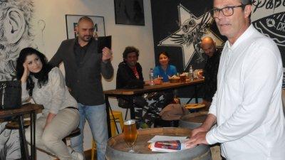 И директорът на филиала на НХА - проф. Янков участва в нощта на литературата