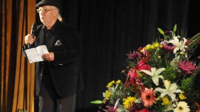 Своята почит и уважение към творчеството на Ваньо Вълчев изказа и композиторът Стефан Диомов.