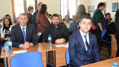 Атанас Желязков (вляво на втори план) изкара половин мандат като съветник