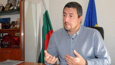 Изграждането на новата сграда е един от приоритетите ни, казва кметът Георги Лапчев