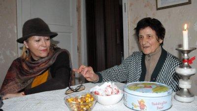 Съпругата му Галя и майка му Стаматка разказват за творчеството и проектите му