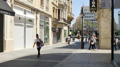 Андалусия вече е във втора фаза и отварят постепенно и по-големите магазини