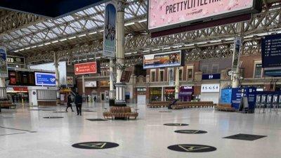 Пристигащите от Великобритания вече няма да бъдат поставени под карантина. Снимка Архив