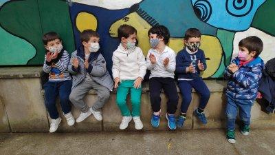 Учебните заведения в Кордоба са отворени, но децата трябва да носят маски. Снимки Мария Горанова