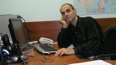 Иван Сухиванов събира поетичните си търсения в нова стихосбирка
