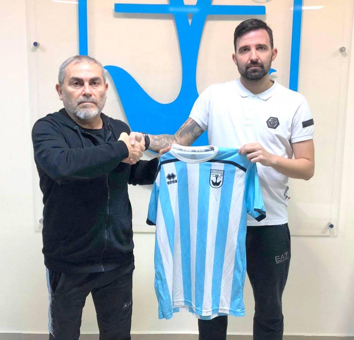 Галин Димов (вдясно) ще играе за тима на небесносините. Снимка ОФК Созопол