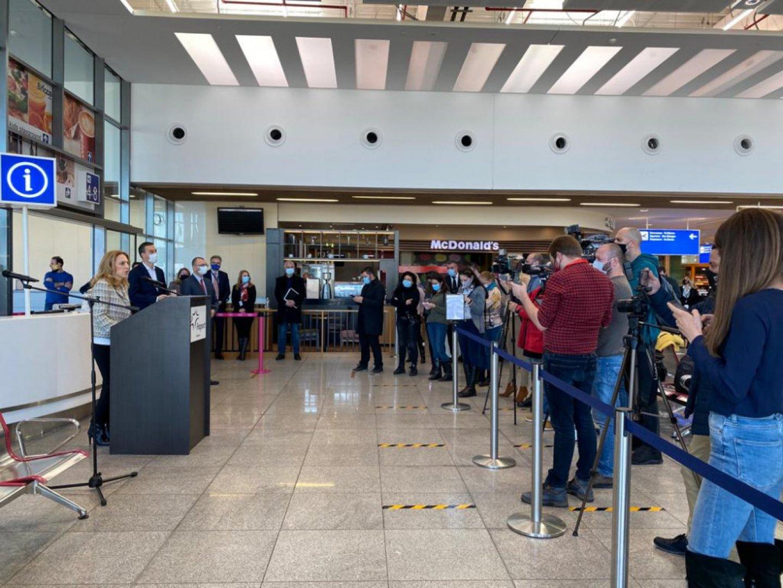 Министър Николова видя готовността на Летище Бургас за предстоящия сезон. Снимка Министерство на туризма