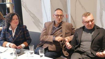 Когато нещо работи, не се правя промяна, коментира Димитър Бойчев (вляво). Снимка Черноморие-бг
