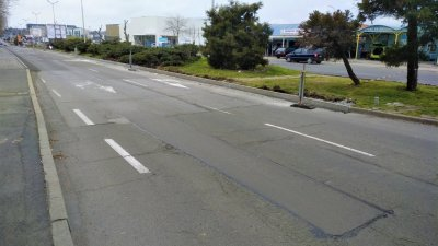 Ремотните дейности продължават и по улица Транспортна. Снимка Община Бургас