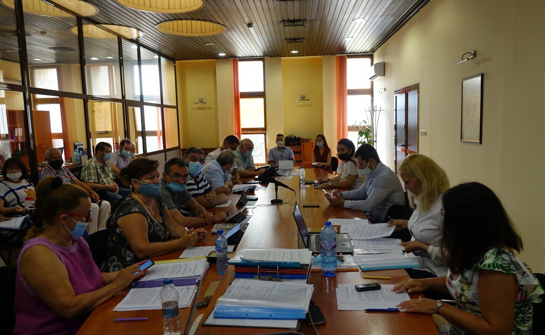 Номинациите бяха гласувани на заседание на Комисията по култура и духовно развитие. Снимка ОбС - Варна