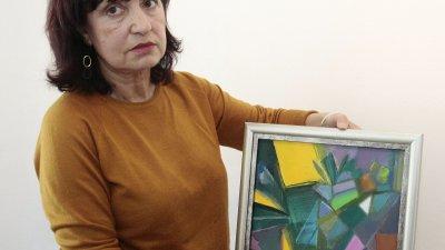 Художничката ще открие изложбата си на 25-и април в галерия Бургас. Снимки Николай Недев