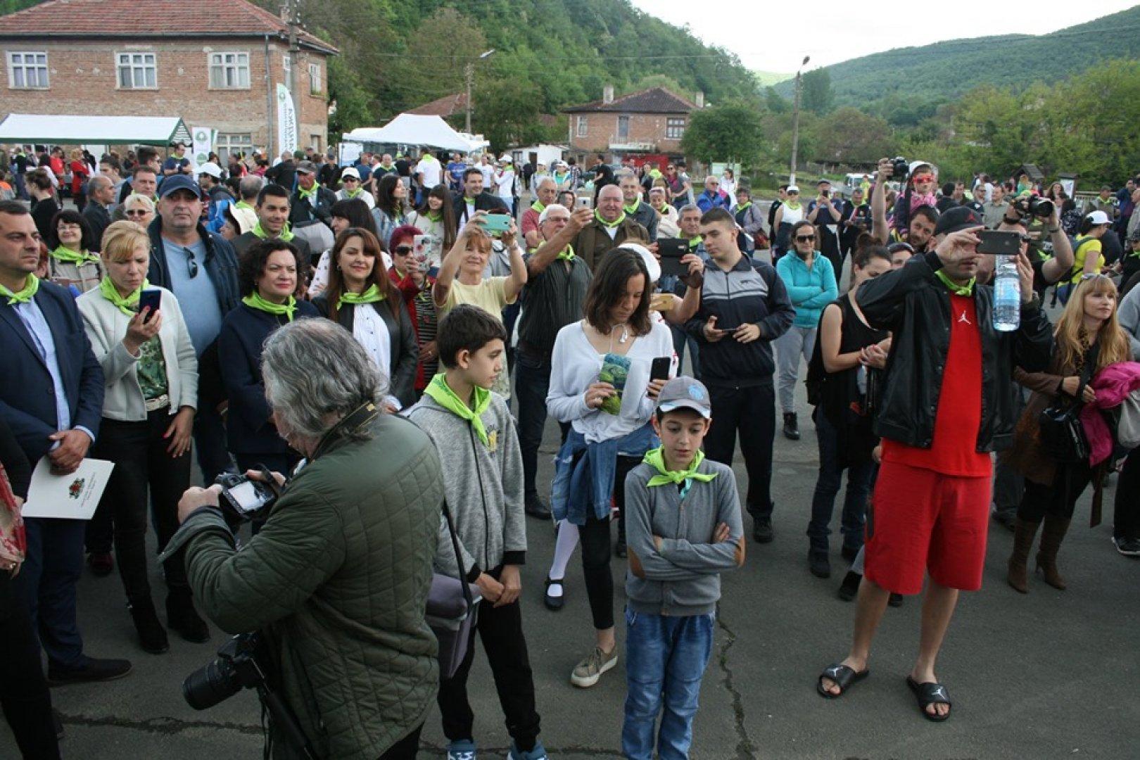 Стотици се включиха в 16-я фестивал на зелениката. Снимки Пресцентър ПП Странджа