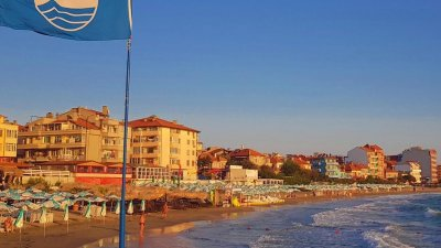 КЗС спря жалбата на общината за плажа Поморие - изток