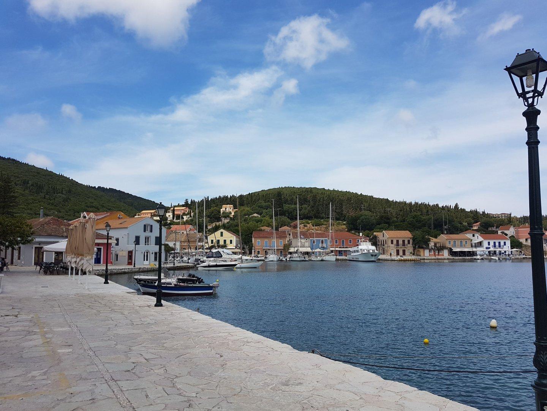 Гръцките власти повишават контрола за спазване на санитарно–хигиенните изисквания спрямо всички граждани в страната. Снимка Димитрина Павлова