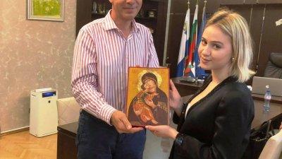 Мария Бакалова се срещна с кмета на Бургас днес. Снимка Община Бургас