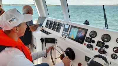 Учениците от X клас преминаха успешно плавателната си практика на борда на кораба Мави. Снимки ПГКМР Свети Никола