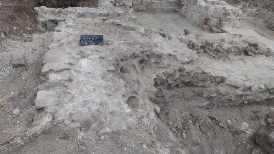 Екипът на доц. д-р Людмил Вагалински извършва археологически проучвания в Деултум