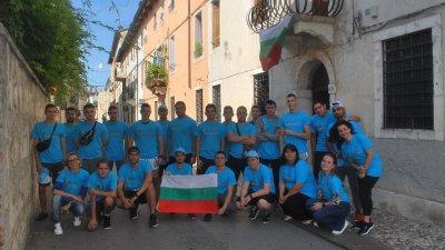 В проекта се включиха ученици от специалностите Мехатроника и Електрообзавеждане на производството. Снимки ПГМЕЕ - Бургас