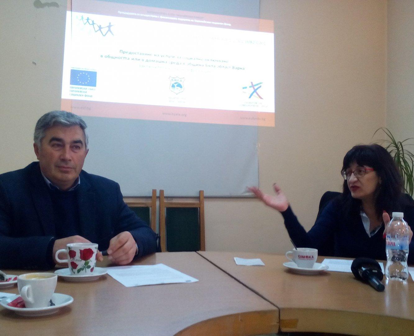 Мобилният хоспис ще продължи да работи до края на годината, обясни Русанка Томова