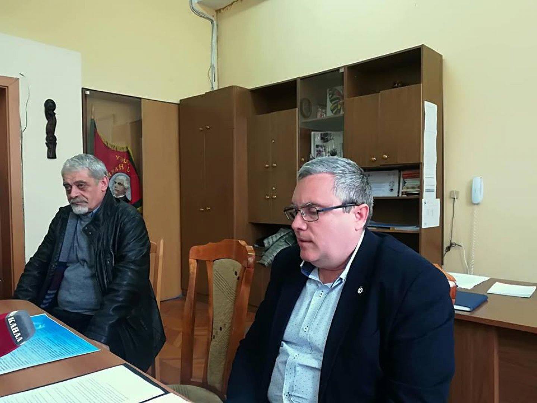 Виктор Григоров (вдясно) и доктор Кирил Младенов презентираха новата специалност