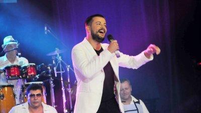 Песента изпята от Стефан Илчев спечели наградата на публиката. Снимки Лина Главинова