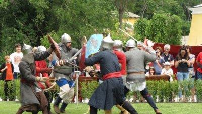 Средновековен турнир ще забавлява посетителите. Снимка Община Бургас