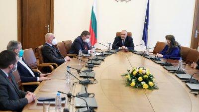 Регистърът трябва да бъде готов до края на месеца, каза министър Ангелов. Снимка Министерски съвет