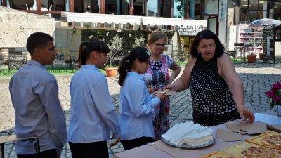 Децата показаха кулинарни умения по проект Ще се справя. Снимка Община Созопол