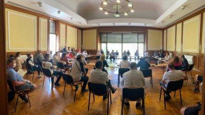 Министър Николина Ангелкова проведе среща с бранша и в Слънчев бряг. Снимки Министерски съвет