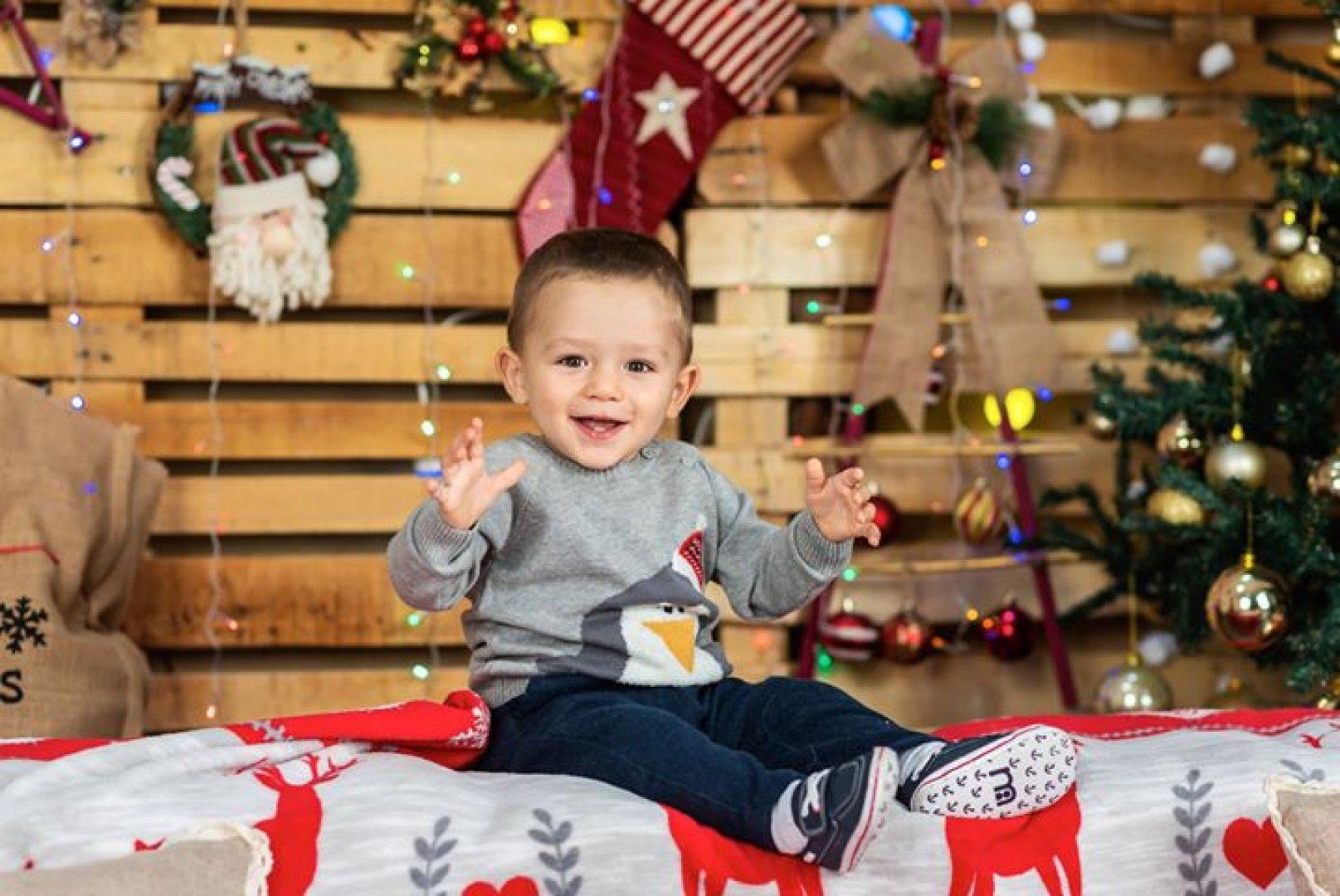 Янислав е на година и четири месеца