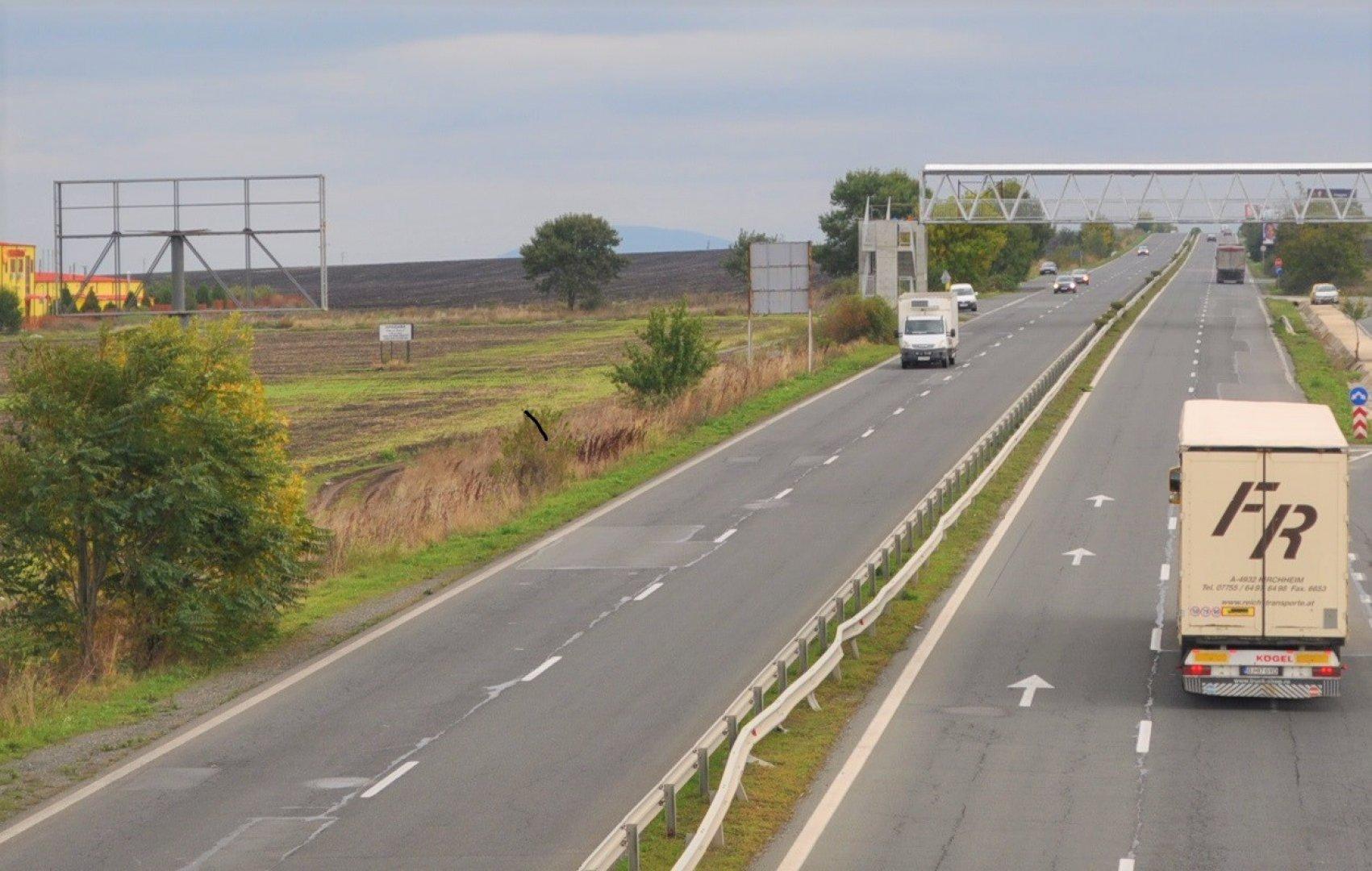 Ремонтът трябва да приключи до 15-ти юни. Снимка Община Бургас