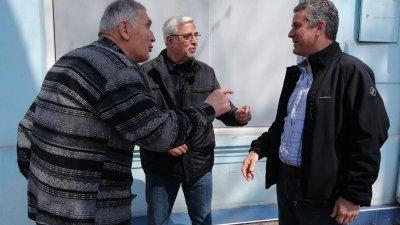 Бившият областен управител Павел Маринов (вдясно) бе гост на събранието. Снимки Татяна Байкушева