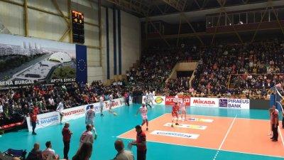 Волейболистите за трети пореден път спечелиха финалите на Суперлигата. Снимки Община Бургас