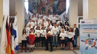 Бургаската гимназия домакинствата поредната партньорска среща. Снимка ПГМЕЕ