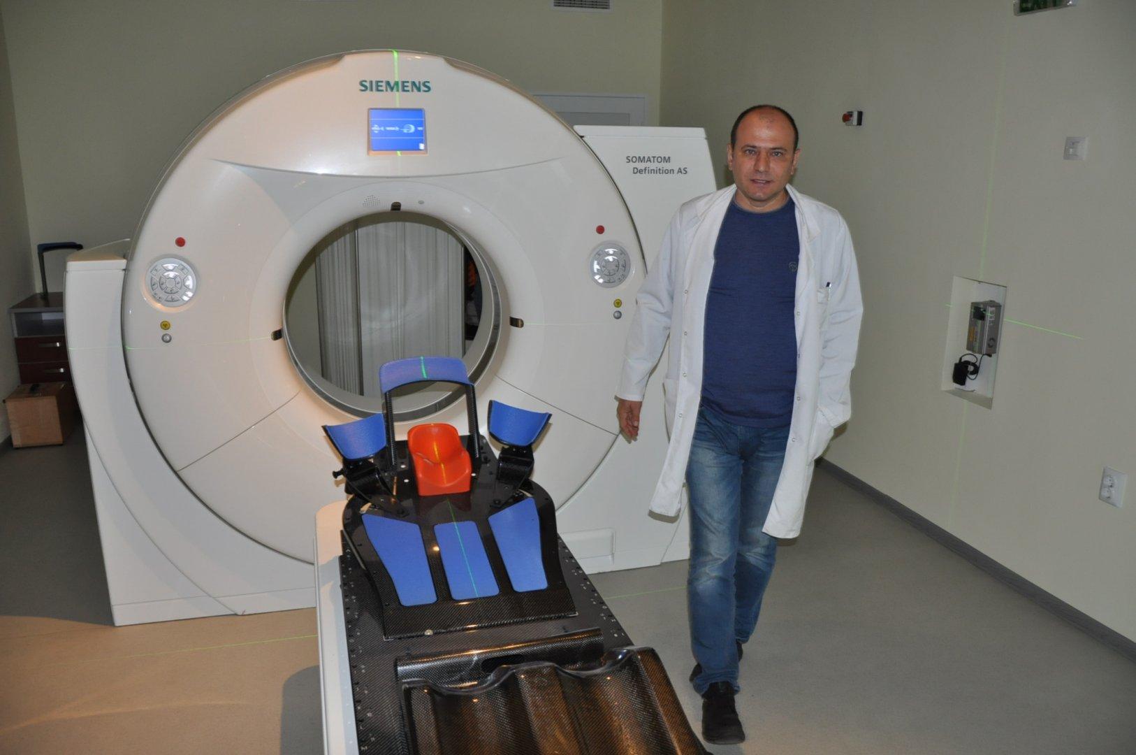 С новата техника се обслужват по сто и повече пациенти на ден. Снимки Пресцентър Община Бургас