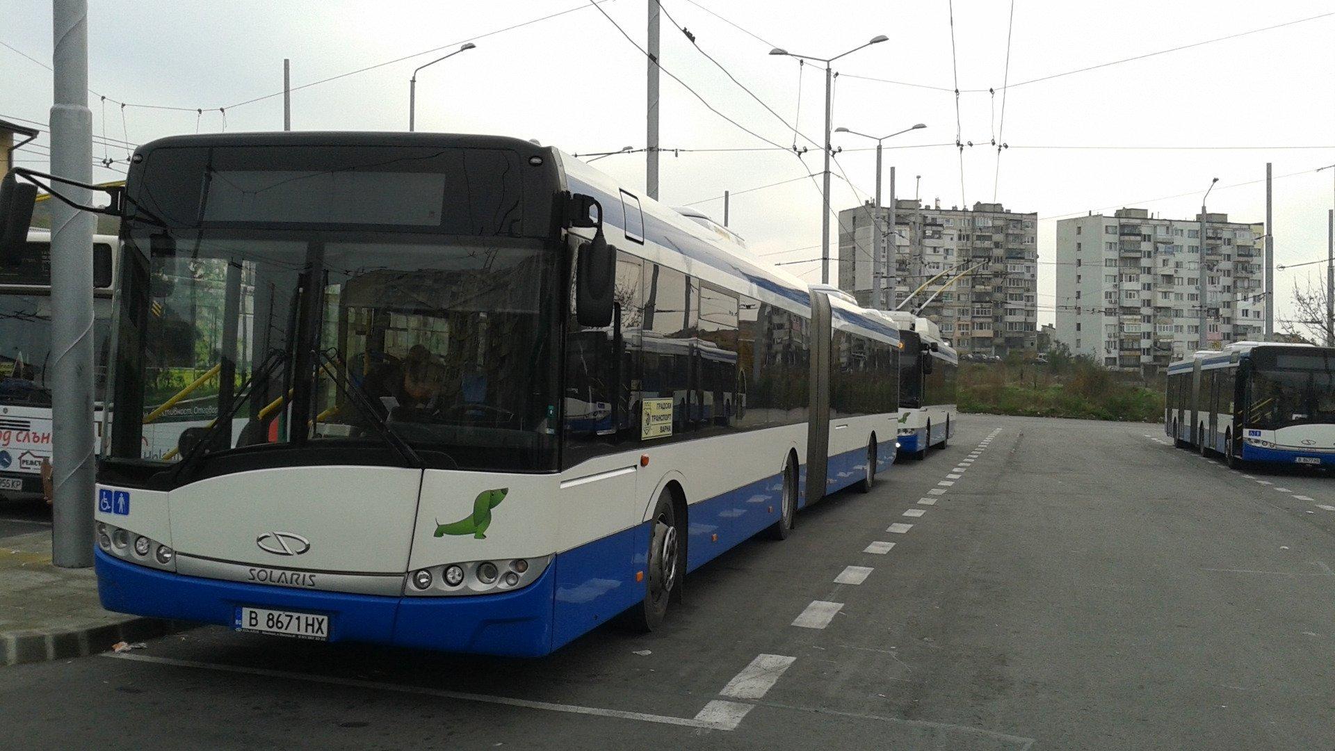 Автобусите ще се движат по разписание. Снимка Архив