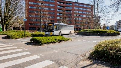Заради пандемията и броят на пътуващите в обществения транспорт намалява. Снимка Янчо Събев