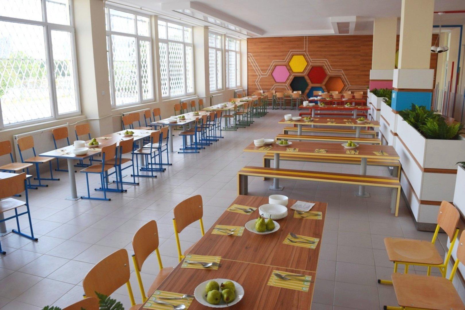 Училищните столове ще бъдат отдадени с конкурс. Снимка Община Бургас