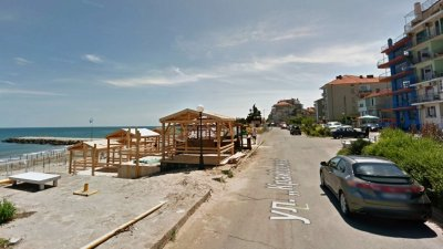 Сагата с концесията на плажа започва през есента на миналата година. Снимка Архив