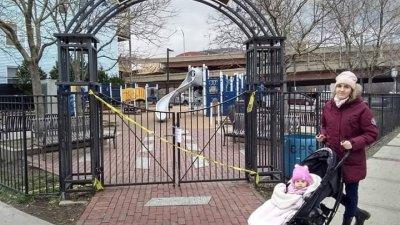 Детските кътове за затворени за посещение в Бостън. Снимки Стела Уолсън