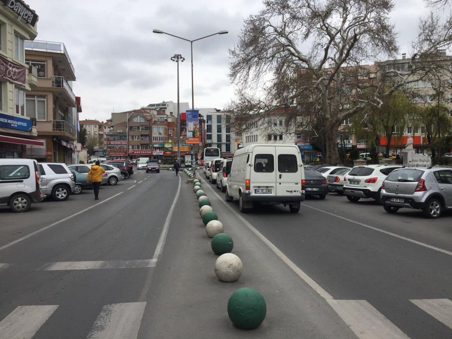 Улиците на Къркларели в сряда са необичайно тихи. Снимки Ерхан Байджан