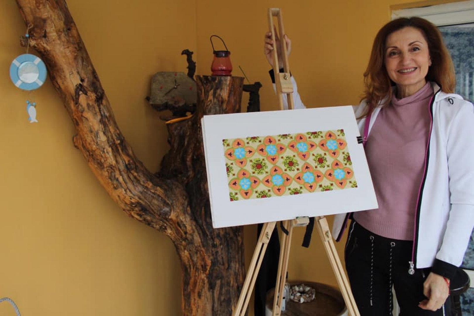 Урокът на Таня Стоянова е по темата за модулните композиции. Снимки Личен архив