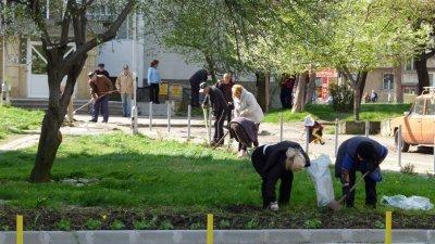Пролетното почистване ще продължи до 30-ти май. Снимка Община Бургас