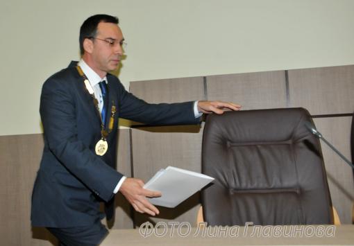 1adabcac355 Димитър Николов - какво спечели и какво загуби? - Chernomorie-bg.com ...