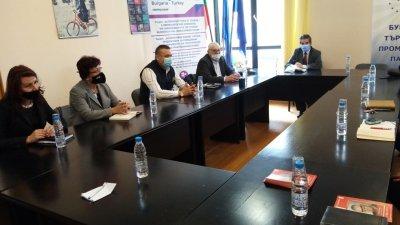 На срещата бяха обсъдени теми, свързани с развитието на Бургас