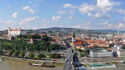 Първият полет от Бургас до Братислава е на 27-и март