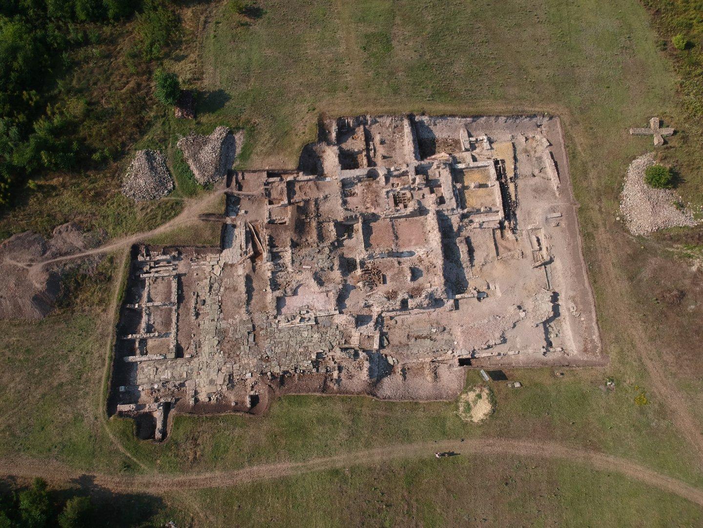 И тази година разкопките в Деултум продължават. Снимки НАР Деултум - Дебелт