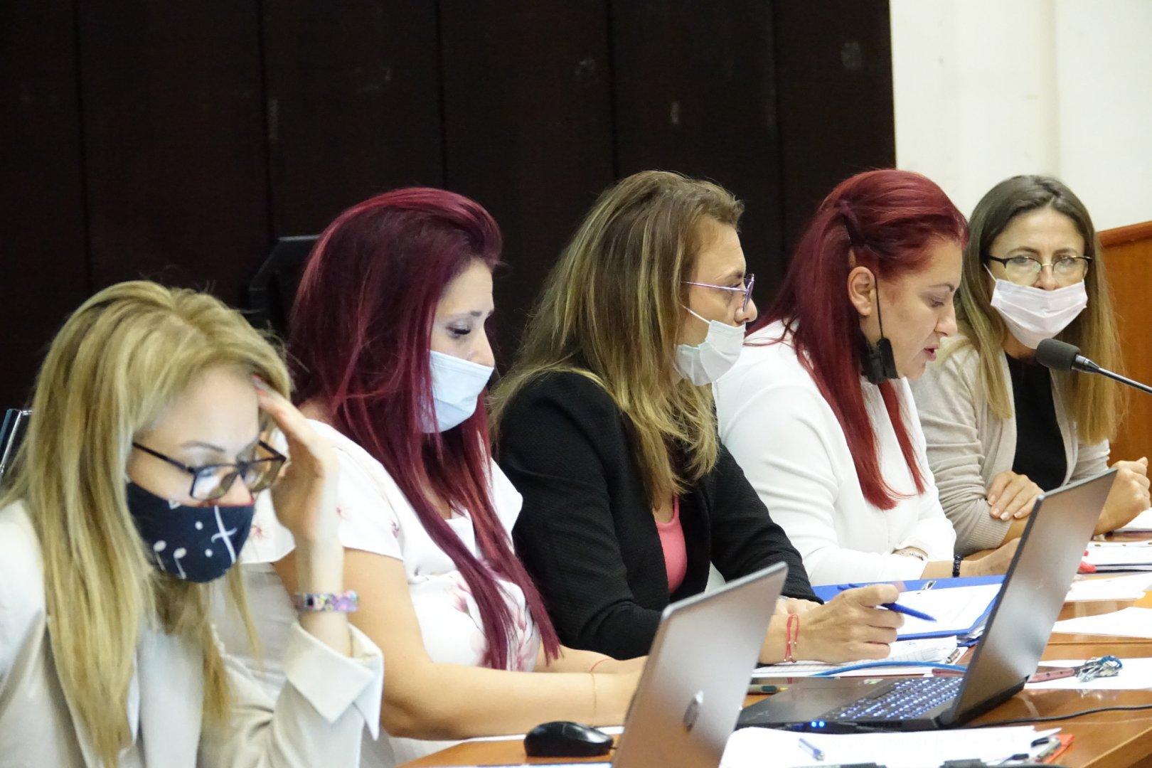 Докладната записка бе разгледана на заседание на Постоянната комисия по структури и общинска администрацияв Общинския съвет във Варна. Снимки ОбС - Варна